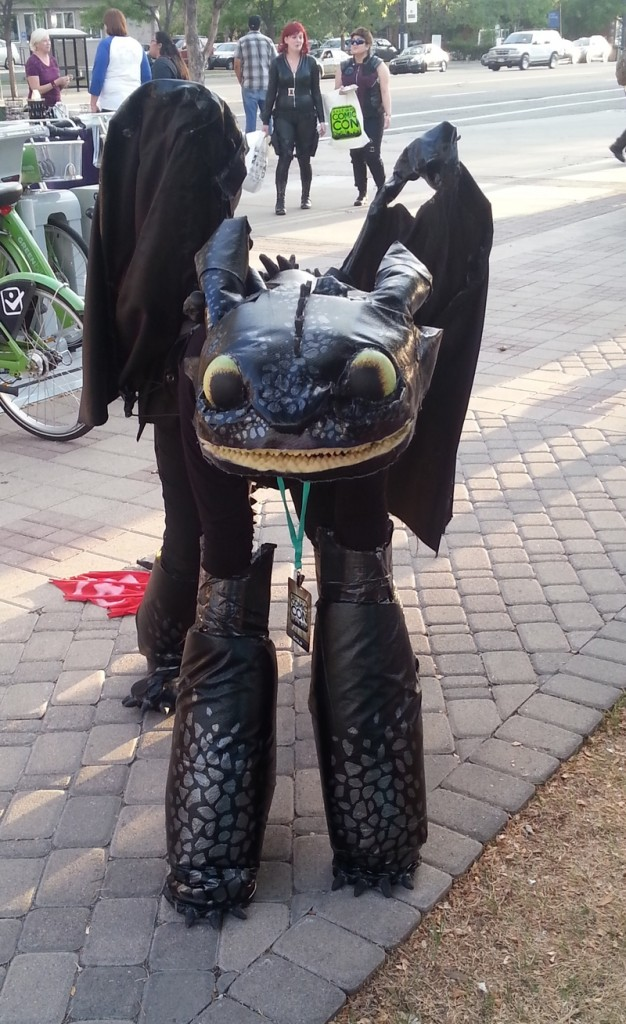 Toothless_at_SLC_Comicon